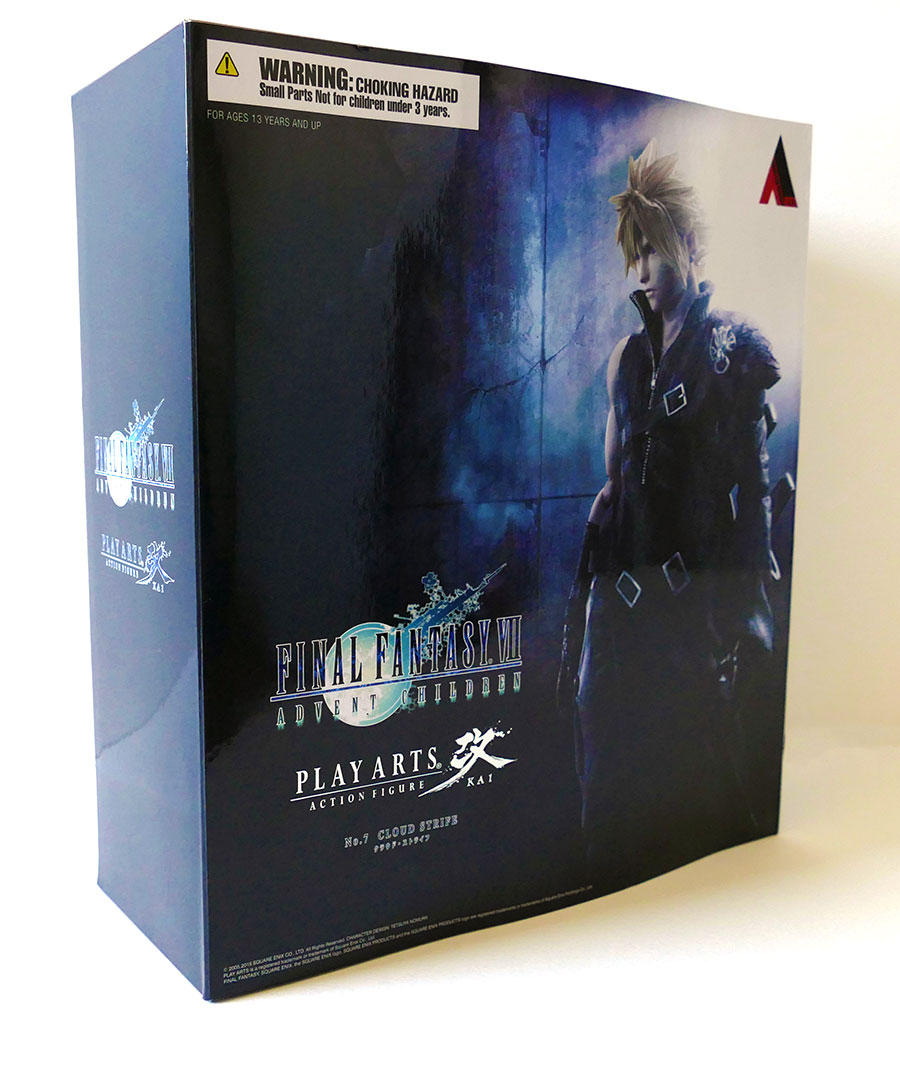 FFVII-cloud-PlayArtsKai-unboxing1
