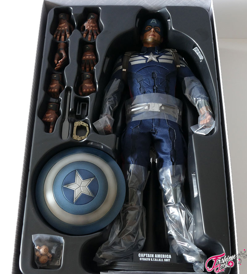 Captain-America-Hottoys-Winter-33