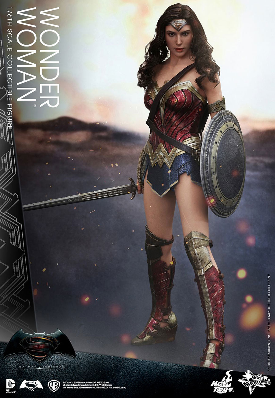 Hot-Toys-BvS-Wonder-Woman-002