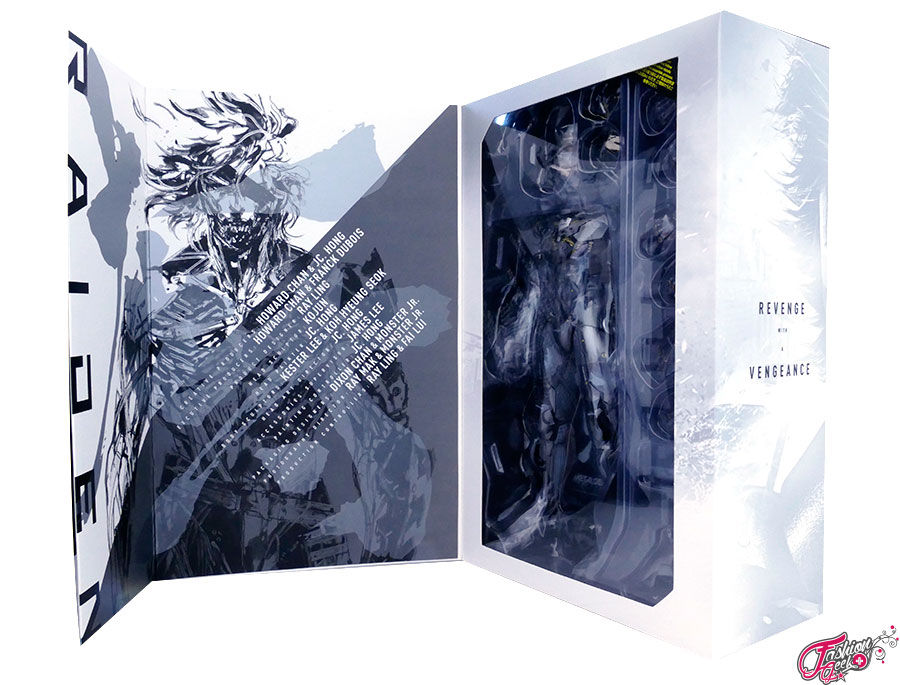 unboxing-raiden-hottoys-MGS-3