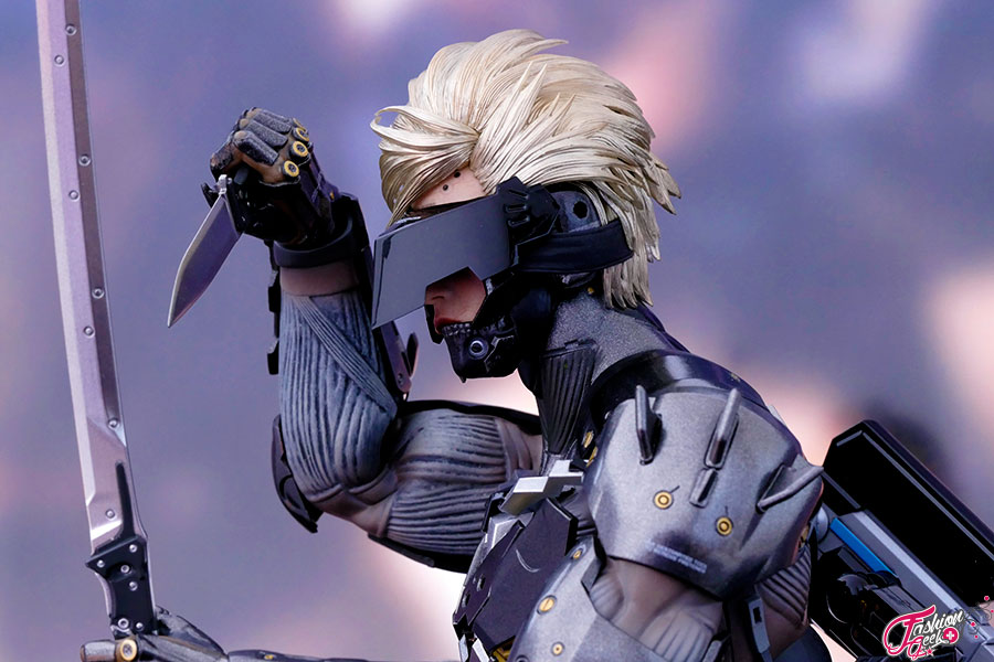 unboxing-raiden-hottoys-MGS-36
