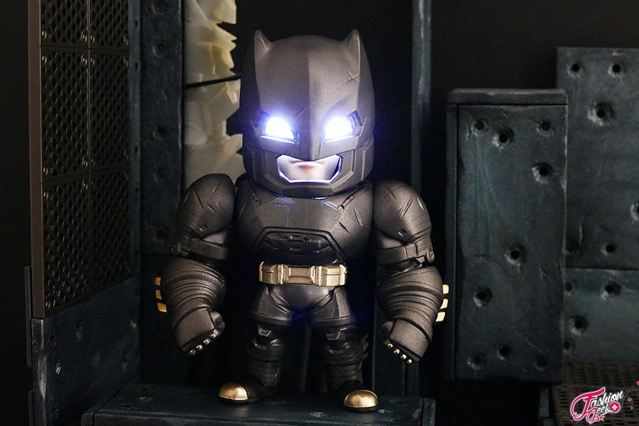 Armored-batman-Metal-Die-Cast-11