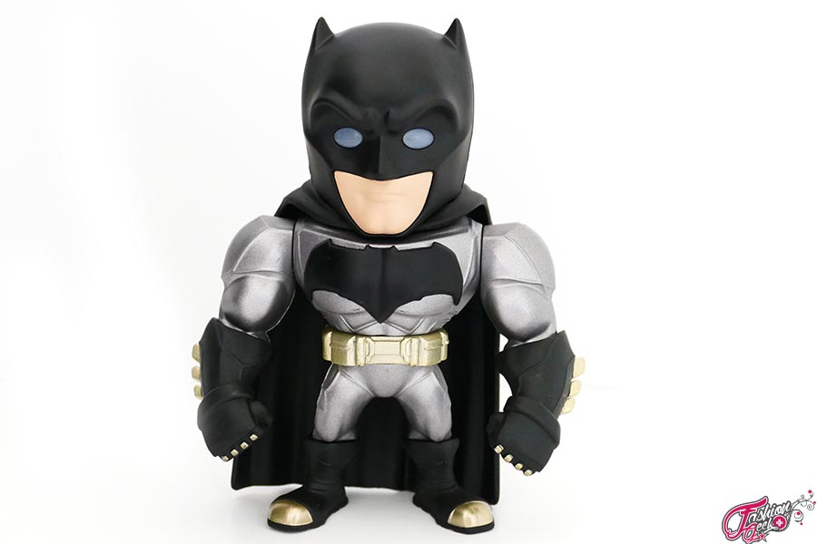Armored-batman-Metal-Die-Cast-3