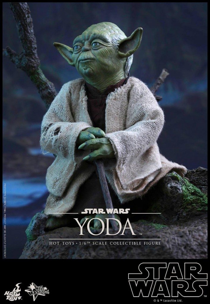 Hot-Toys-Star-Wars-Yoda-4