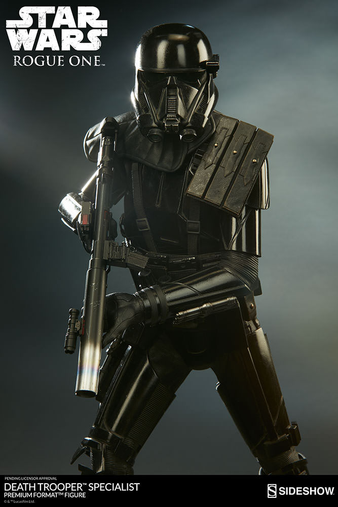 Sideshow-Death-Trooper-Statue-4